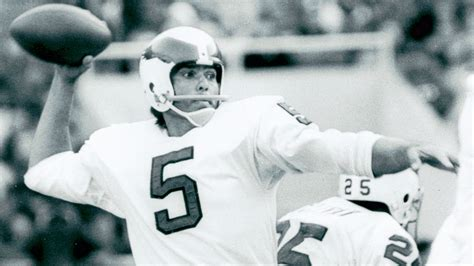 Didinger: Roman Gabriel re-energizes his career with the