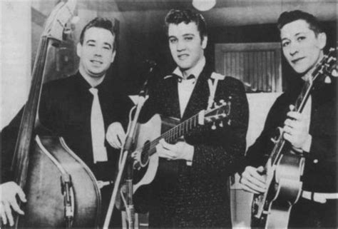 Scotty Moore - Suddenly Singing Elvis Presley Zooms Into