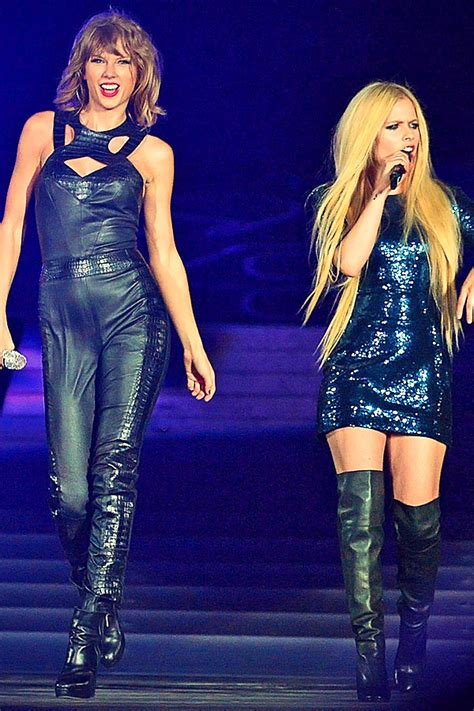 Avril Lavigne & Taylor Swift perform at The 1989 World