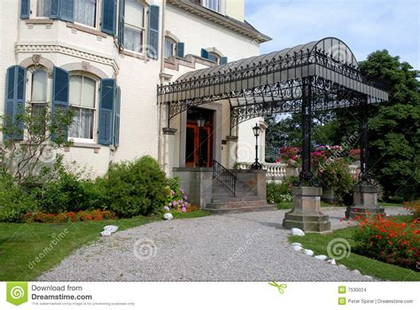 Entrance Canopy Stock Images - Image: 7530024