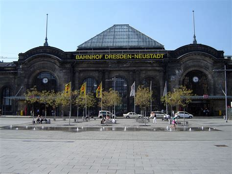 Dresden - passengers traffic to Airport and train station