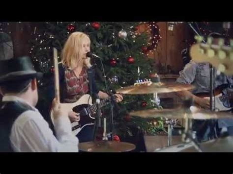 Shelby Lynne -- Leaving [Live from Daryl's House #61-04